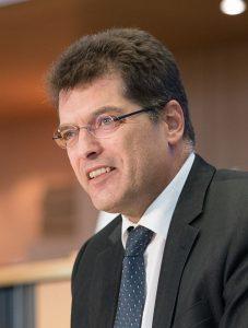 slovenski-komisar